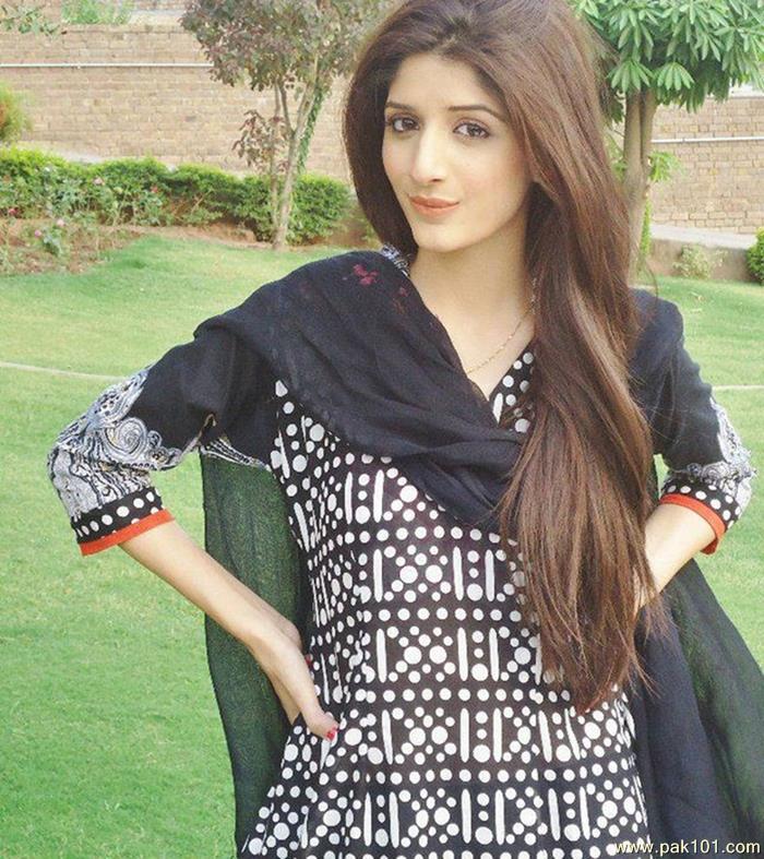Pakistani hood girl